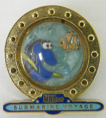DISNEY PIXAR 2007 NEMO AND DORY  SUBMARINE VOYAGE FINDING NEMO CHARACTERS PIN