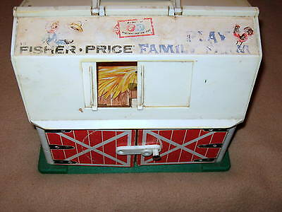 Vintage Fisher-Price Family Farm House Plastic & Wood #915  1960's