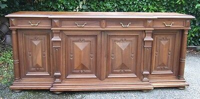 2201020 : LARGE ANTIQUE FRENCH WALNUT RENAISSANCE SIDEBOARD BUFFET CABINET