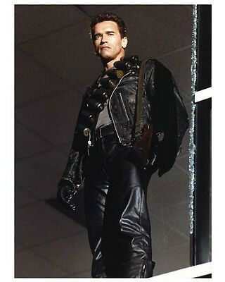 THE TERMINATOR 2: JUDGMENT DAY color still SCHWARZENNEGER - (c898)