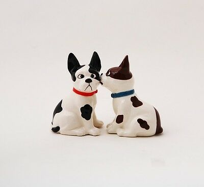 Cute Mutts Dog Kissing Ceramic Salt & Pepper Shakers.magnetic Attached