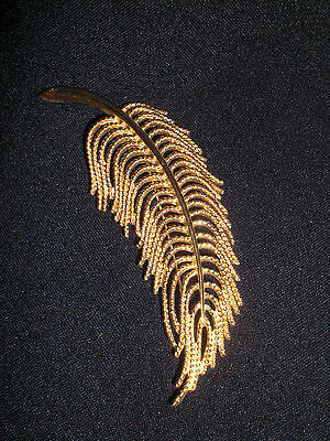 ~ Large Vintage Monet Gold Tone Feather Brooch ~