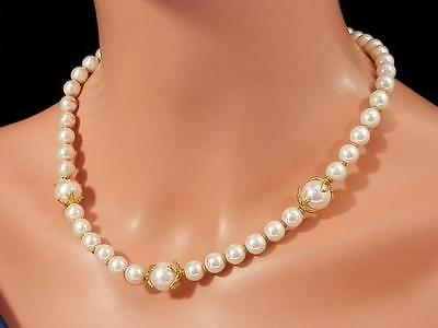 Gorgeous Vintage 1970's Fancy Clasp Faux Pearl Necklace  1434j