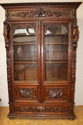 1110056 : Large Antique French Renaissance Hunt Style 2 Door Bookcase W/ Figures