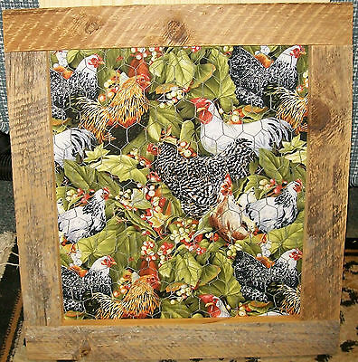 """**NEW** Country Style Fancy Roosters Barnboard Chicken Wire Hanging - 21"""" x 19"""""""