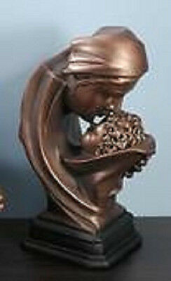 "Young's Inc. ""BRONZED MOTHER KISSING BABY"" Statue ~ Darling!"