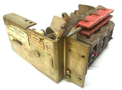 Square D Disconnect Switch Class 9422, Type Rc-3, Ser. A, 30 Amp, 600Vac, 250Vdc
