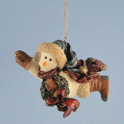 Boyds Snowman Ornament Chilly with Wreath Folkstone Series