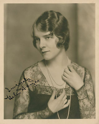 "10""x8"" PHOTO PRINTED AUTOGRAPH - HELEN HAYES"