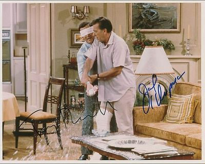 "10""x8"" PHOTO PRINTED AUTOGRAPH - THE ODD COUPLE b"