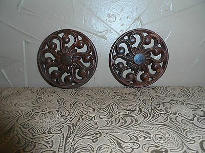 "2 CAST IRON ROUND Paperweights Wall Decor 3"" D Floral Swirl Design Nice Patina"