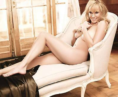 Chelsea Handler 8X10 Glossy Photo Picture