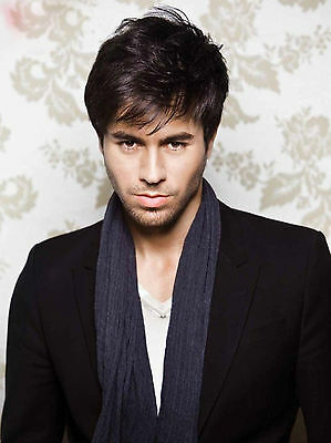 Enrique Iglesias 8X10 Glossy Photo Picture Image #2