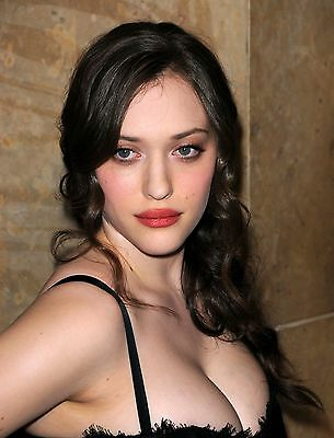 Kat Dennings 8X10 Glossy Photo Picture
