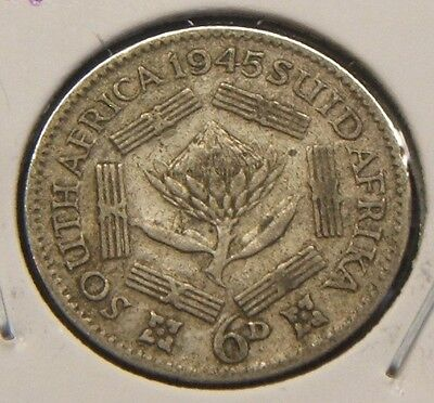 1945~~South Africa ~~Silver 6 Pence~~Scarce