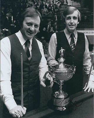 Terry GRIFFITHS SIGNED Autograph 10x8 Photo AFTAL COA SNOOKER Sheffield CRUCIBLE