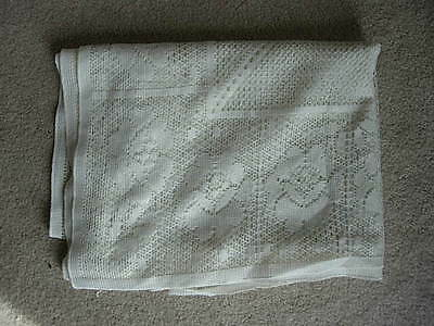 """Vintage Beige Roses & Tulips Lace 60""""x 98"""" Oblong / Rectangular Tablecloth"""