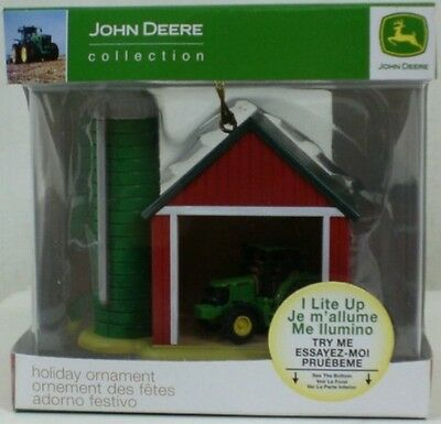 2009 Enesco John Deere Light Up Holiday Ornament Tractor In The Barn & Silo  NEW