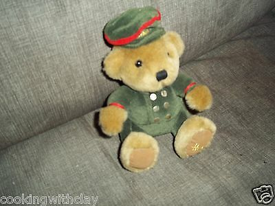 Plush Doll Figure Harrods Knightsbridge J.s.i. Beanbag Military Bear Toy