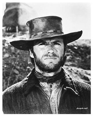 CLINT EASTWOOD still TWO MULES FOR SISTER SARAH - (a825)