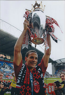 Rio FERDINAND Signed Autograph 12x8 Photo AFTAL COA Man United Genuine RARE