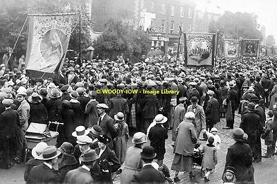 rp13289 - Parade in Northern Ireland  - photo 6x4