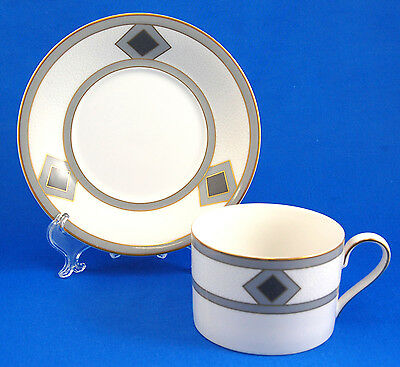 Mikasa COQUILLE L5596 Flat Cup and Saucer Set 2.375 in Gray Diamond Shapes Gold