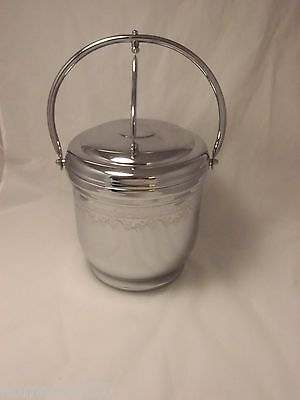 Retro Vintage United Chrome Hinged Grape Leaf Pattern Ice Bucket GREAT Condition
