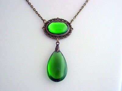Witches Wendy's Collection Green Smooth Teardrop Necklace East End