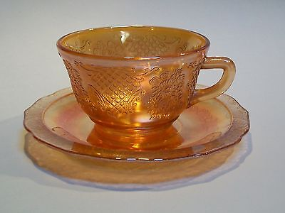 Federal Carnival Glass Iridescent Normandie Marigold Cup & Saucer Set s