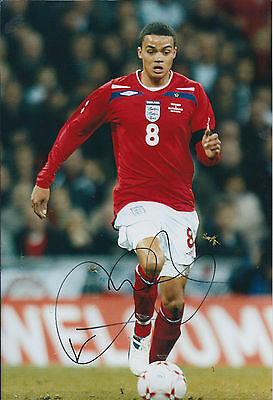 Jermaine JENAS Autograph Signed 12x8 Photo AFTAL COA QPR ENGLAND Shirt