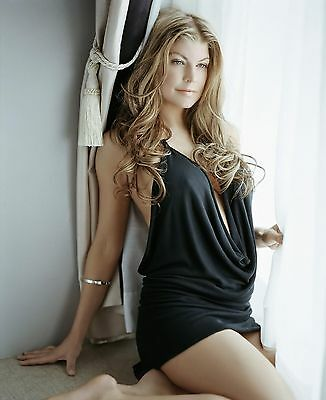 Fergie 8X10 Glossy Photo Picture Image #3