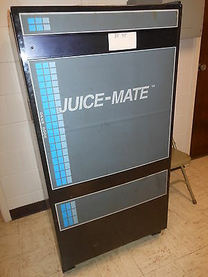 Juice-Mate Pop Soda Vending Machine Winnebago Illinois WORKS and makes $$