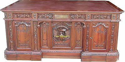 The Resolute Desk - The Most Famous Desk in the World