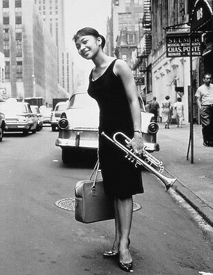 Billie Holiday 8X10 Glossy Photo Picture Image #2