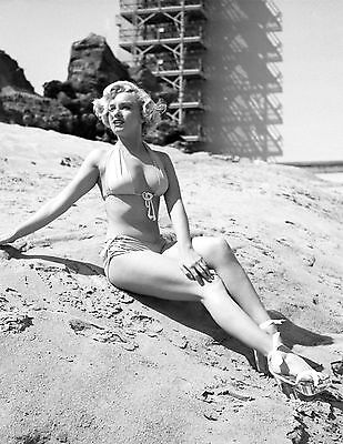 Marilyn Monroe 8X10 Glossy Photo Picture Image #38