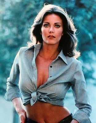 Lynda Carter 8X10 Glossy Photo Picture Image #7