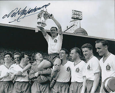 Nat LOFTHOUSE SIGNED Autograph 10x8 Photo AFTAL COA Bolton Wanderers FA CUP