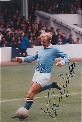 Francis LEE SIGNED 12x8 Photo AFTAL COA Autograph Manchester City Franny Genuine