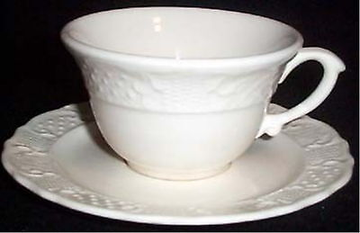 Canonsburg AMERICAN TRADITIONAL Cup Saucer/s