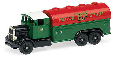 Hornby R7111 Scammell BP Petrol Tanker '00' Gauge = 1/76 Scale New Boxed