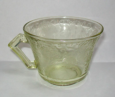 Hazel Atlas Florentine #2 Yellow Depression Glass Cup