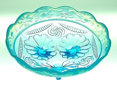 "Northwood RUFFLES & RINGS with DAISY BAND Blue 8"" Bowl"