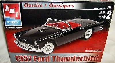 amt 1/25 classic cars 1957 FORD THUNDERBIRD CONVERTIBLE