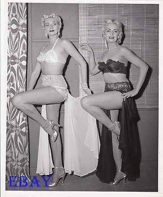Busty leggy Babes VINTAGE Photo Man With The Golden Arm