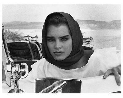 SAHARA scene still with BROOKE SHIELDS - (c609)