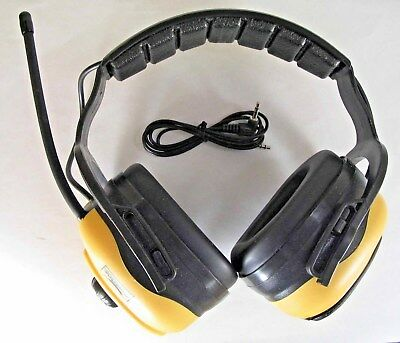 Condor Electronic Earmuffs with FM Radio and MP3 Connector 4FRN1 #5e1