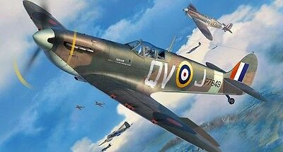 Revell 03986 Supermarine Spitfire MkIIa Aircraft Kit Scale 1/32 New FREE T48 Pst
