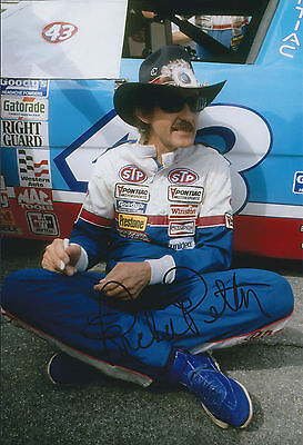KING Richard PETTY SIGNED 12x8 Photo AFTAL Autograph COA NASCAR DAYTONA Driver