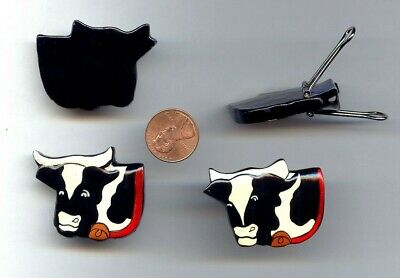 1 RETRO BLACK WHITE COW FACE WITH RED COLLAR & BELL HAND PAINTED FINDING  T67